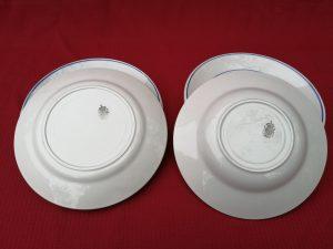 4 assiettes creuses diam.22,5 cm      4 assiettes plates diam.22,5 cm